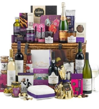 Wicker Wonder Hamper