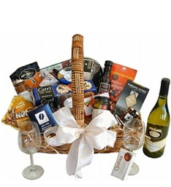 Gourment Hamper Including Wine