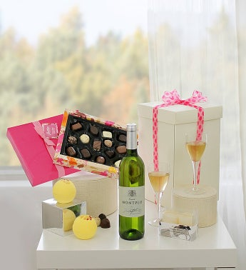 Rose Moet Champagne & Heart Tapered Chocolates